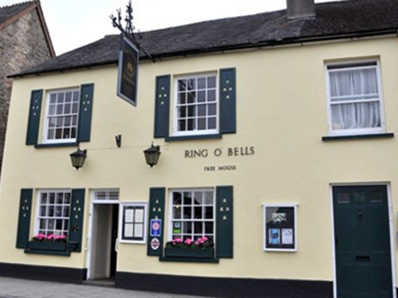 Ring O'Bells Inn